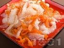 Снимка на рецепта Салата от дайкон, моркови и сусам